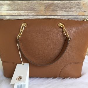 055eaa475188 Tory Burch Bags - Tory Burch whipstitch logo small slouchy satchel
